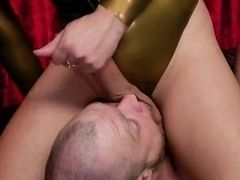 Huge dick tranny in latex banging male